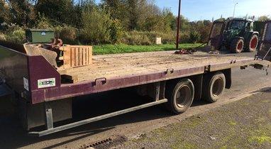 Rental door-gear Fruehauf 13 tons €80